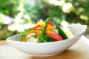 高原野菜のサラダうどん